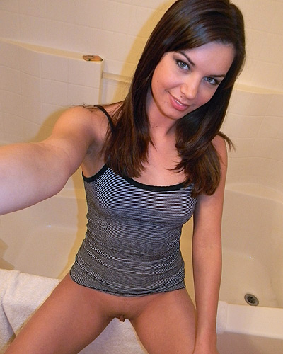 Shaved pussy self shooter